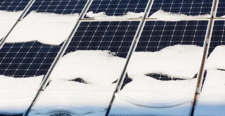 Perangkat Ilmiah Baru Menghasilkan Listrik dari Hujan Salju
